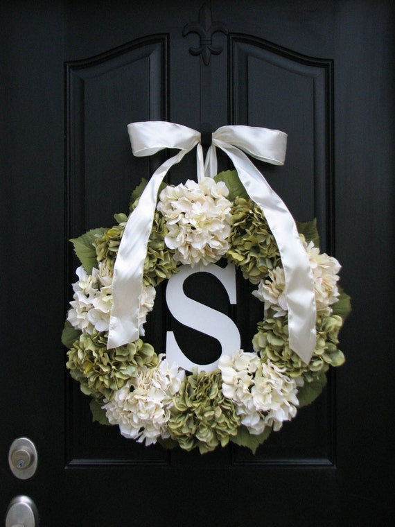 Wedding Decorations Wedding Wreaths Personalized by twoinspireyou