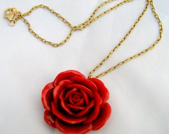 43mm Red Resin Rose Necklace with Antique Brass Chain