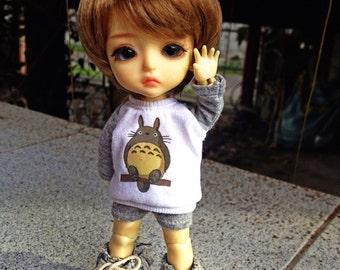 B201 - Lati Yellow / pukifee Outfits - T-shirt  and short pants.