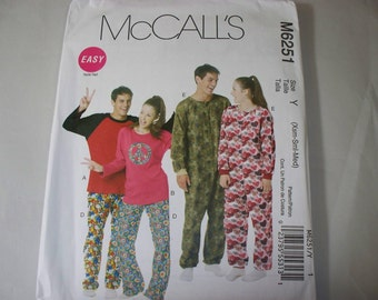 New McCall's, Adult Sleepwear  Pattern, M6251 (XSm-Sm-MED  (Free US Shipping)