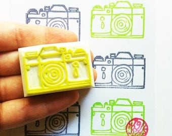 vintage camera stamp. hand carved rubber stamp. artist photographer stamp. birthday scrapbooking. holiday crafts. gift for him