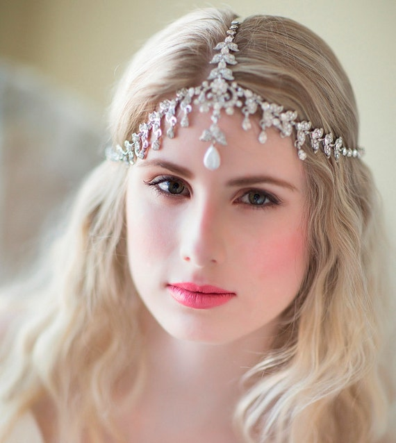 Vintage wedding hairstyles with headband