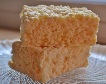 Marshmallow Krispy Treat Soap - Food Soap - Dessert - Bakery - Kids Soap - Father's Day - Gift for Him - Fake Food - Fun Soap