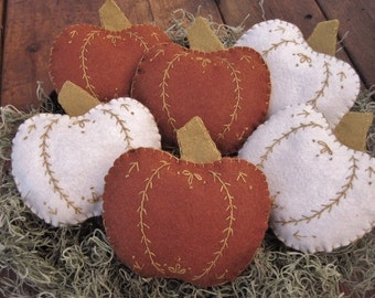 AUTUMN IS COMING! Pumpkin Bowl Fillers /Fall Pumpkin Party favors