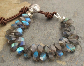 Labradorite Thai Hill Tribe Silver Leather Bracelet - Northern Lights