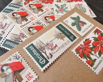 Christmas .. Classic Red and Green .. UNused Vintage Postage Stamps  .. post 5 letters