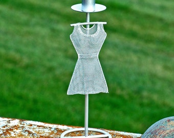for all your girl get together needs...  fashion candle holder...  wire mannequin... gorgeous forms...    HOME DECOR T4 L
