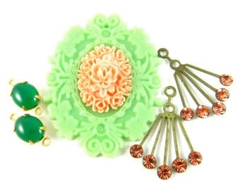 Vintage Cabochon Pendant and Earrings Charms Dangles - Emerald, Light Green and Peach - 5 Pieces Set - KS04 .