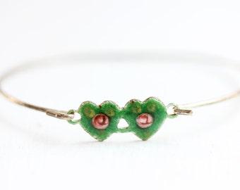 Double Heart Bracelet - Green Flower