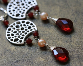 Garnet Pearls Spotted Moon Silver Earrings, Fashion Jewelry, One of kind Gift, Red Garnet Earrings, Modern Jewelry, Silver Earrings, Summer