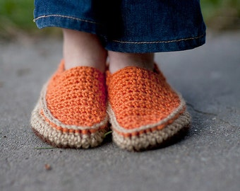 Canvas Shoes (Crochet Pattern)