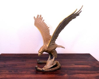 Vintage Brass Finish Eagle Statue with Horseshoe Base
