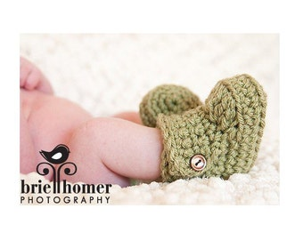 CHRISTMAS IN JULY Sale! Baby Booties, Baby Boots, Baby Ugg Boots, Crochet Baby Booties