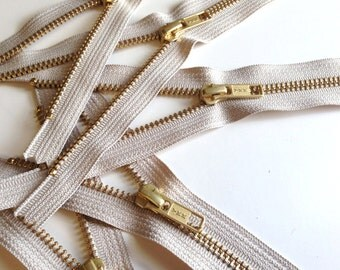 7 inch metal zippers wholesale, FIVE pcs, natural beige YKK color 572, great for leather clutches and wristlets
