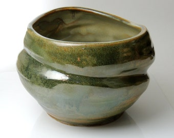 Twisted Ceramic Large Pot Abstract Green Leopard Pot