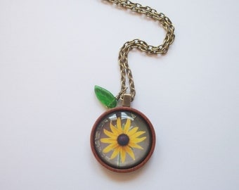 Black Eyed Susan Pendant Necklace - Photo - Antique Brass -  Nature Inspired - Or Design Your Own Necklace