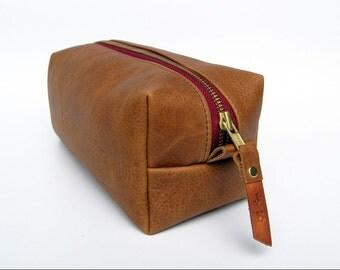 Gift Set of 3 Leather dopp kits / CUSTOM embossed zipper pull/Personalized Initials-SET of Three