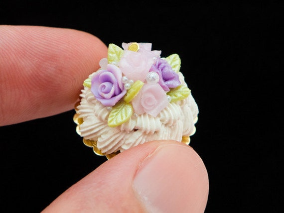 Summer Pink / Lilac Roses French Vacherin Cream Dessert - French Miniature Food in 12th Scale