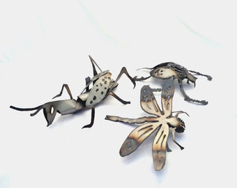 Insect sculptures - Set of 3 insects - Bug artwork - Metal beetle - Metal grasshopper - Metal dragonfly - Folded art - Folded sculpture