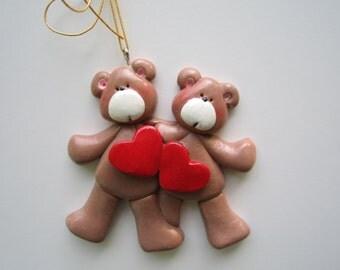 SALE....Personalized Heart Bear Couple Christmas Ornament