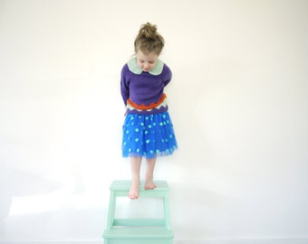 Girls Knitted Sweater - NEW - fits 4 to 6 year old - soft merino wool - seamless ragalan cut