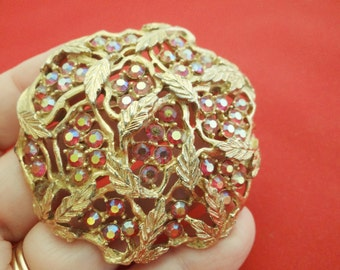 """20% off sale Vintage SARAH COVENTRY signed 2.5"""" gold tone brooch with red aurora borealis rhinestones in great condition"""