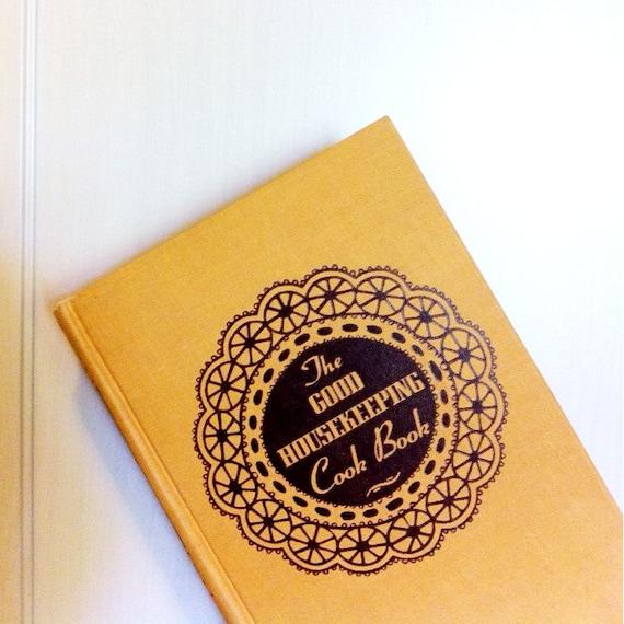 Good Housekeeping: Good Housekeeping 1944 Cookbook Bridal Shower Wedding Gift 40s
