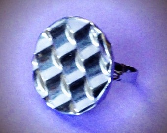 Woven ring  adjustable cocktail button 1970s silver vintage