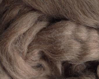 Alpaca Yarn Company - Baby Alpaca Top (roving) - Paca Puff -  ROSE GREY - 4 ounces