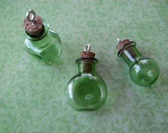 NEW Green Bottle Pendants Potion Pendants