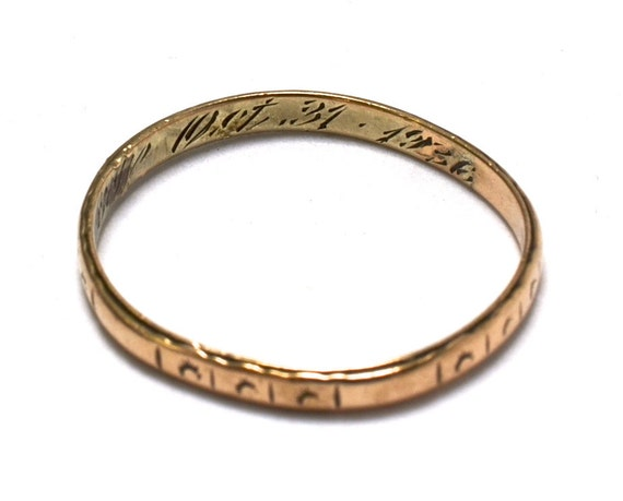 30s 10k gold wedding band engraved by