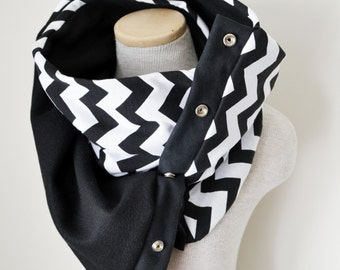 BLACK and WHITE Chevron Snap Scarf
