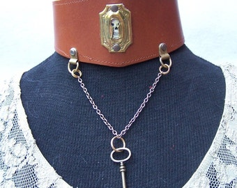 Steampunk Leather Key and Keyhole Choker Collar British Tan lace up