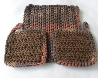 Cotton wash cloth and facial scrubbies