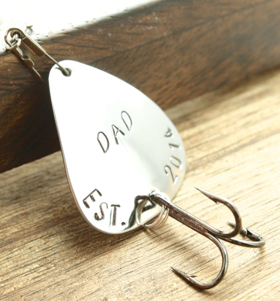 Dad est gift fishing gift fisherman gift by sierrametaldesign for Unique fishing gifts