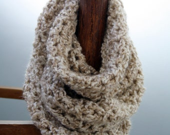 Soft and Pretty Infinity Scarf (Pearl Tones)