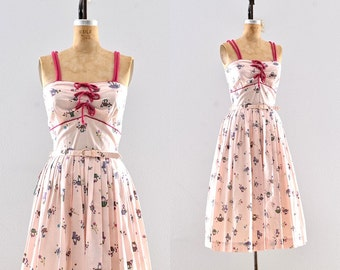 vintage 1950s dress - novelty print dress / 50s pink dress / cotton dress
