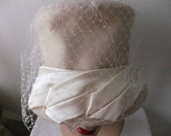 Vintage Hat Beige Wool with Satin Fabric and Netting Womens Retro Accessories Fashion Formal Hats