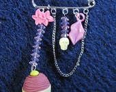 Cupcake charm kilt pin brooch