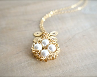 Personalized Birdnest Pendant - 4 Pearls Wrapped in Gold - Choose Your INITIAL and PEARL COLOR - mom, mother, kids, children, Mother's Day