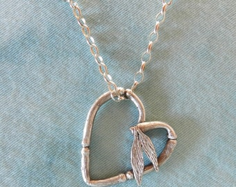Heart in Bamboo Design Fine Silver with Green Jade Beads