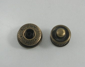 40 sets.Antique Brass Snap Buttons Fasteners Rivet Stud Decorations Findings 15 mm. FTN BR VT8 RV 151