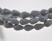 58pcs Teardrop Crystal Glass Faceted Beads 8x11mm Opaque Grey- (#SS08-31)