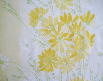 Vintage Vera Sheet Fabric Fat Quarter – Floral Yellow Daisies