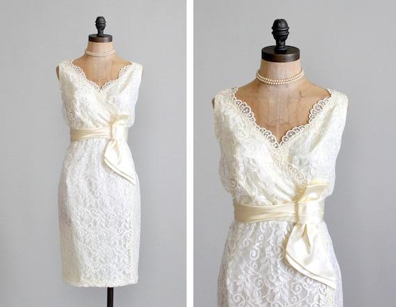 Vintage 1960s Dress : 60s Lace Wiggle Wedding Dress