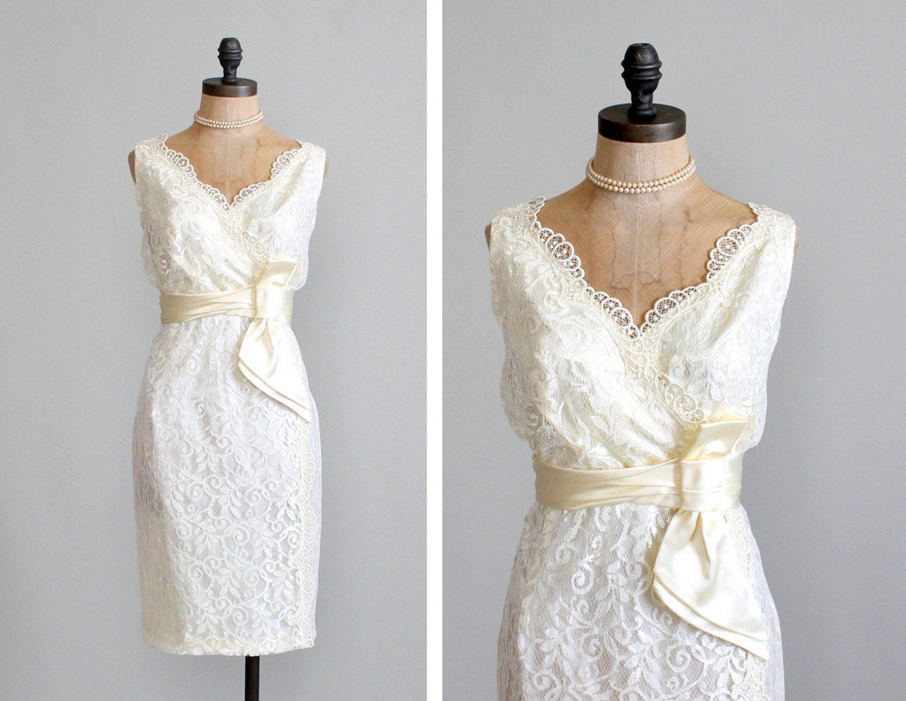 Classic And Elegant Wedding Dresses With Beautiful Lace: Vintage 1960s Dress : 60s Lace Wiggle Wedding By