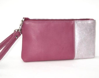 Wristlet in Mauve Pink Leather and Silvery Suede