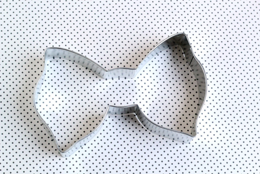 recipe: bow tie cookie cutter [8]