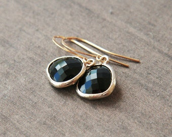 Black and Gold,Black Earrings,Dainty Earrings,Gold Earrings,Delicate Earrings,Drop Earrings,Bridesmaid Gift