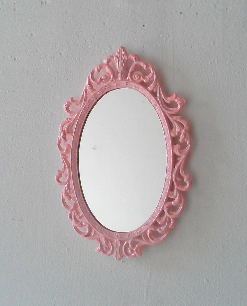 Details about brass photo frame vintage ornate oval frame victorian - Pink Princess Mirror In Vintage Metal Frame 8 By 5 5 Inches